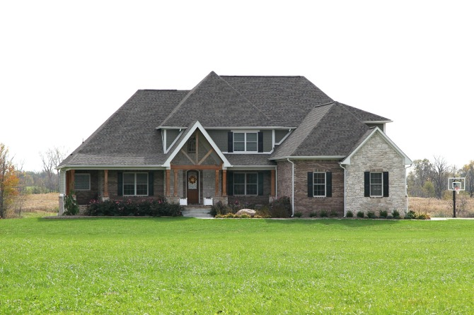 Exterior of Custom Home in Central Indiana built by Madison Custom Homes Inc.